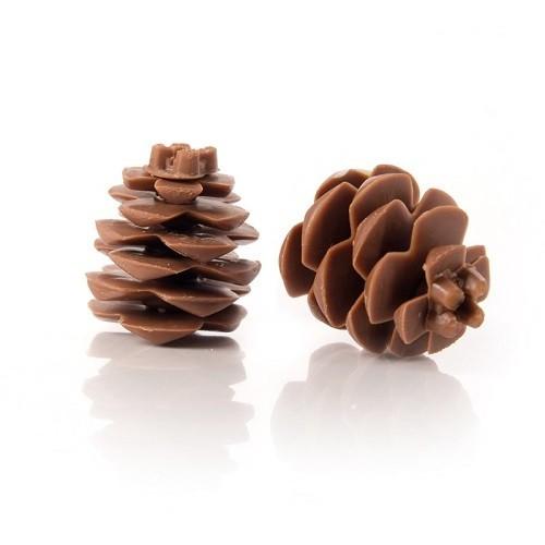 Afbeelding van Dobla Chocoladedecoratie Dennenappel (18 stuks)